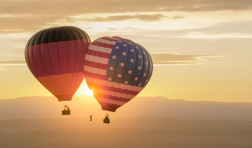 One Inch Dreams' Heißluftballon-Highline im Monument Valley