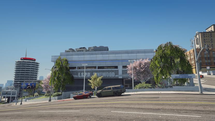 Ein Foto aus Grand Theft Auto V, welches eine Polizeistation zeigt.